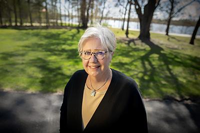 Gail Olson